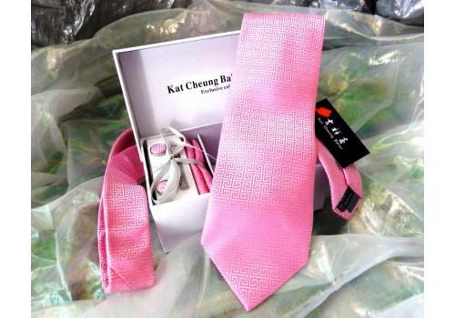 Галстук с геометрическим рисунком в наборе и подарочной упаковке, цвет розовый
