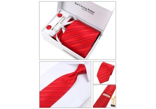 Яскравий червоний галстук в наборі з запонками, затискачем в подарунковій упаковці