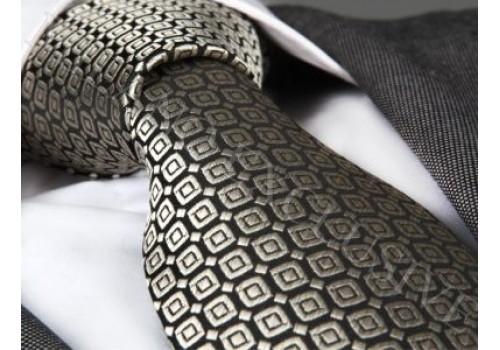 Ефектна краватка в наборі