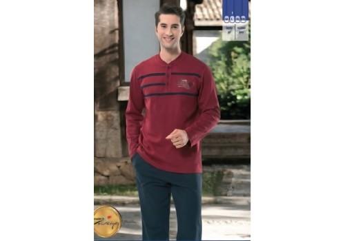 Чоловіча піжама або домашній костюм