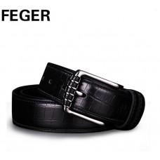 Стильный фирменный ремень под джинсы от FEGER