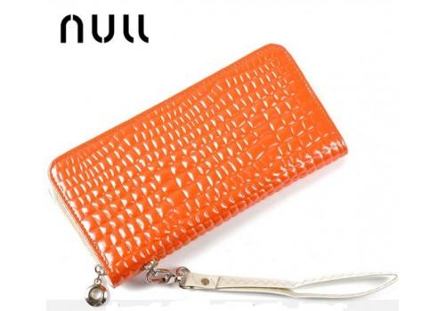 Яскравий і стильний гаманець - клатч