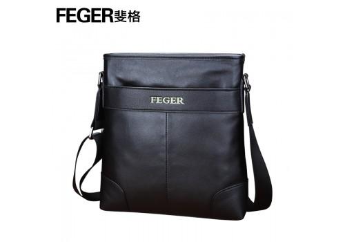 Кожана брендова чоловіча сумка на плече черна