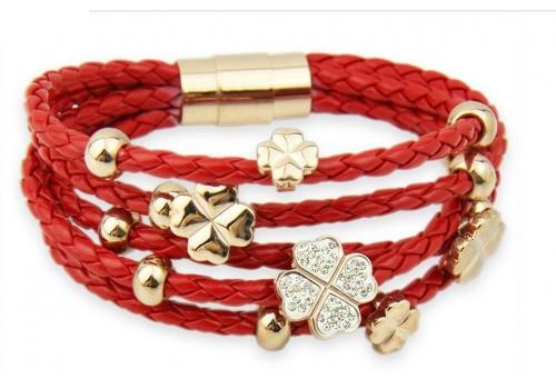 Красный кожаный браслет плетеный на магнитной застежке